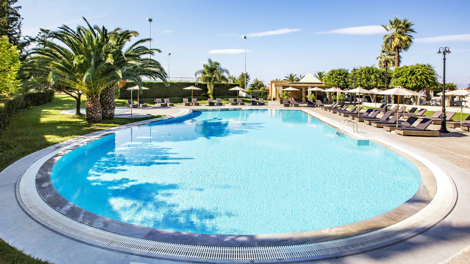Features And Activities At The Sheraton Rhodes Resort