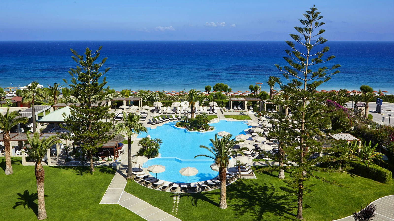 Amidst landscaped gardens the swimming pools are a refreshing oasis - Sheraton Rhodes Resort